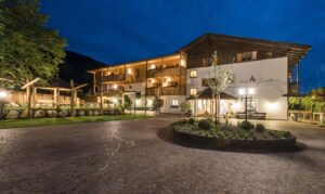 Welcome to the Family! - hotel-news